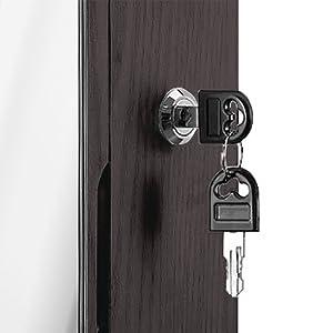 Lockable with 2 keys