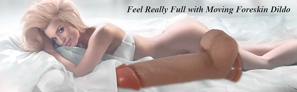 Moving Foreskin Realistic Dildo