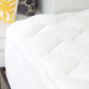 hypoallergenic bamboo mattress pad