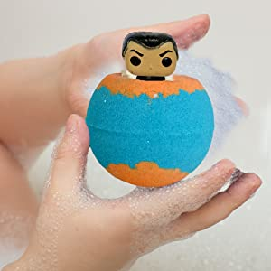 Bath bomb with toy inside