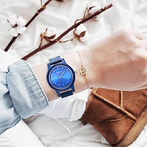 lightweight watch