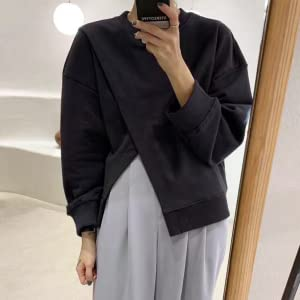 The skirt also includes a slit for a casual and sexy look.