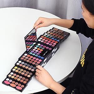 Eyeshadow palette makeup kit