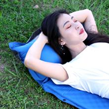 キャンプ ベッド 枕