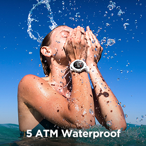 Resistente al agua hasta 5 ATM.