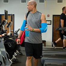Freeze Sleeve, Mobility, on-the-go, travel, gym, outdoors, 360, coverage, cold, compression, therapy