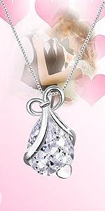 Waterdrop heart necklace