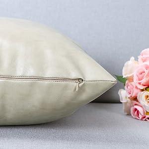 Pack of 2 Soft Velvet S-Shaped Geometric Cushion Covers Velvet Striped Decorative Throw Pillow Cover