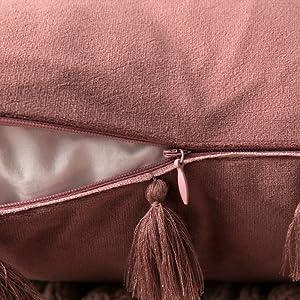 standard size zippered