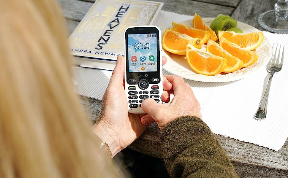 Doro 7010 mobile phone for the elderly