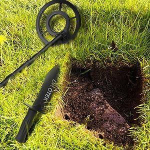 Amazon.com: DR.ÖTEK Metal Detector Digger Tool, Sturdy Heavy Duty Double Serrated Edge Digger, Gardening Accessories with Sheath Belt Mount: Garden & Outdoor