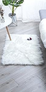 square rug