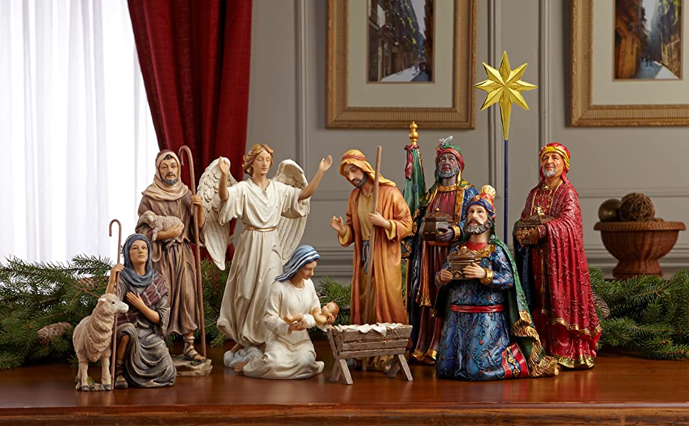 Amazon Com Set Of 11 Nativity Figurines With Real Gold Frankincense And Myrrh 10 Inch Scale Home Kitchen