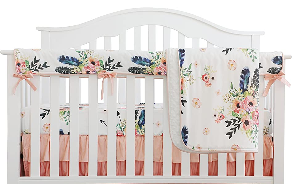 4 Pieces of crib bedding set