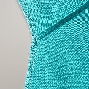 袖と脇下の縫製には消臭糸を使用