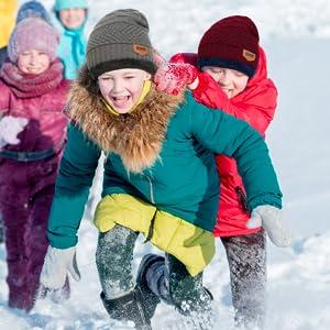 cappello adatto per attività outdoor autunnali e invernali, come arrampicata, sci, vacanze