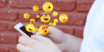 emoji-pillow-soft-toy-emoticon-cusion-kids-gift-emoti-poo-unicorn