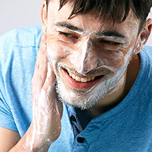 The model of Boldnine anti aging face wash and shave cream for men is good for oily skin