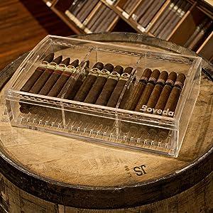 Acrylic Humidor, Airtight storage for your cigars