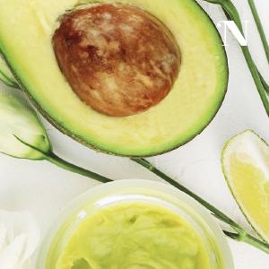 DIY strawberry home remedy moisturiser body butter yogurt natural organic solution for dry sensitive