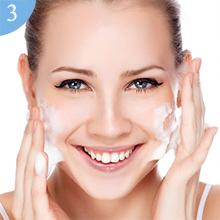 Limpiando la cara