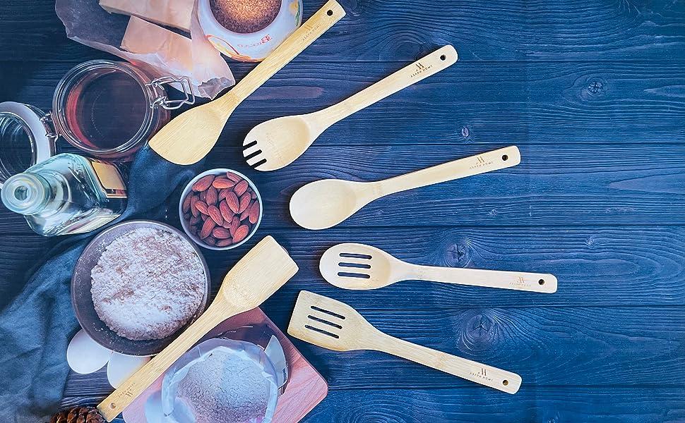 Bamboo cooking utensil set