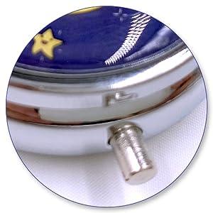Round Silver Pill Box Medicine Planner Small case Medication Vitamin Holder Dispenser sorter Reminde