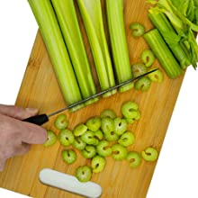 bamboo cutting board fast vegetable preparation ceramic knife sharp
