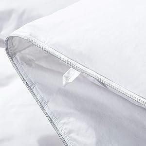 Luxurious Needle Stitching