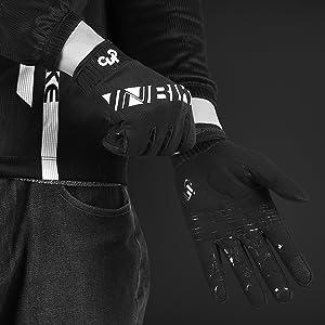 Black cycling gloves