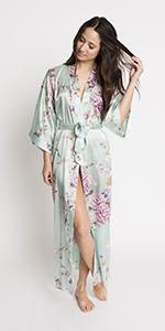 KIM+ONO Women's Satin Polyester Kimono Robe Mist Chrysanthemum & Crane