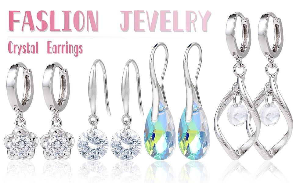 Orecchini da donna con pendente e perno in argento con cristalli