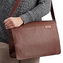 Gallaway-Messenger-Bag-open-worn-close up