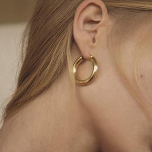 cute hoop earrings