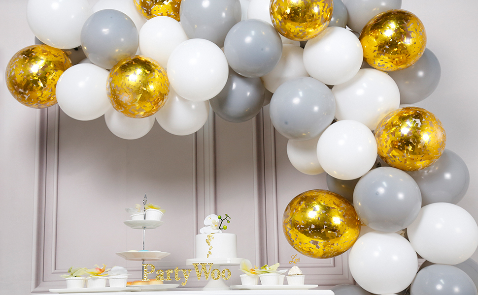 mix of gold Fab for a party! silver and black New Year balloons