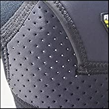 This shoulder brace is made of durable and premium quality neoprene material