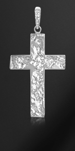 Pendente croce martellata in argento