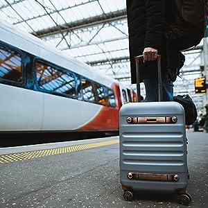 Koffer werkzeugkoffer kofferwaage kofferset handgepäck hartschalenkoffer koffergurt kofferanhänger