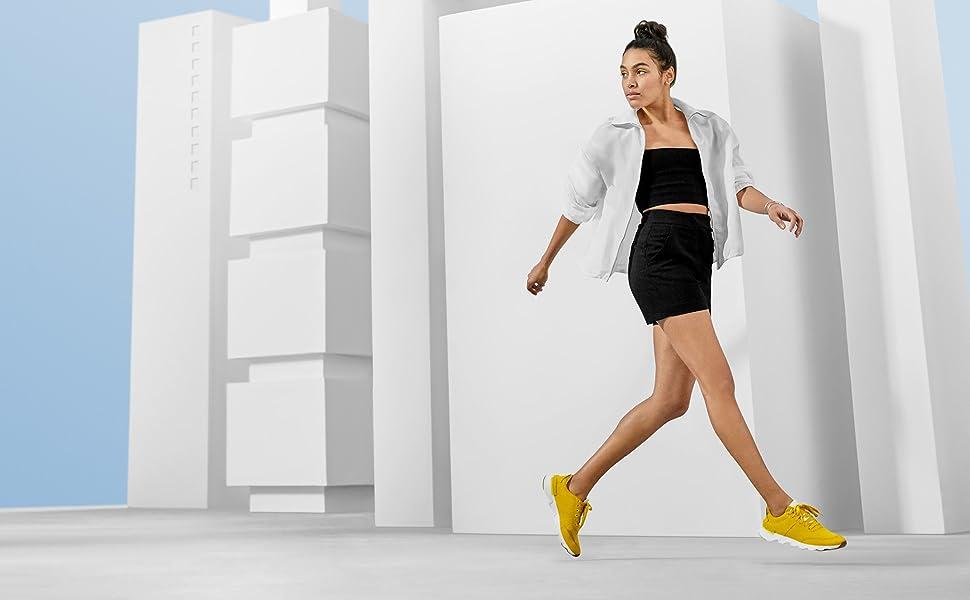Women's Kinetic Lite Lace Sneaker