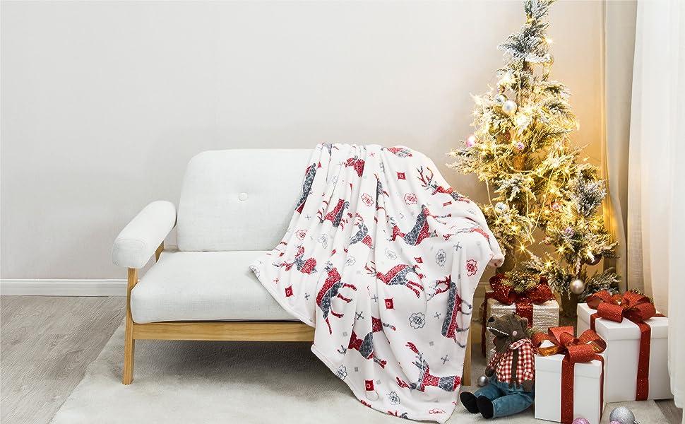 get cozy with the Bedsure Christmas Flannel Fleece Blanket