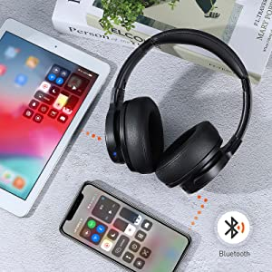 blutooth headphones connect with two devices