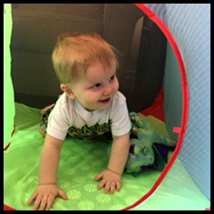 Durable pop up playhouse for toddlers.