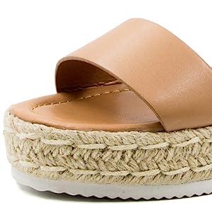 sandal detail-1