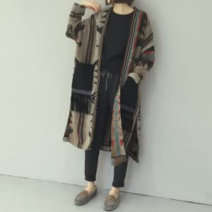 Just put it on for a relaxed Asian style. A long outerwear that is easy to match and can be worn casually.