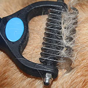 Effectively Reduce Shedding by Up to 95% with Maxpower Planet undercoat rake