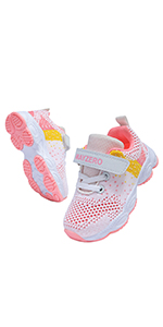 kid's running shoes
