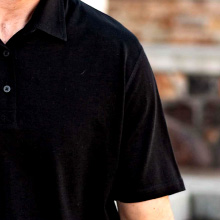 merino wools natural odor resistant properties keep you fresh and dry all day long