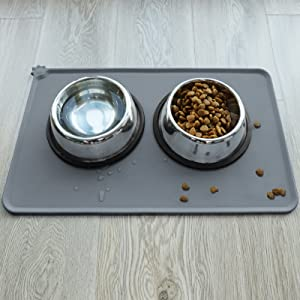 Cat food mat with stainless steel dog bowls