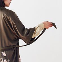 KIM+ONO Women's Handpainted Silk Kimono Robe - Cherry Blossom Bronze - Intricate Details