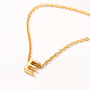 FINDCHIC INITIAL NECKLACE